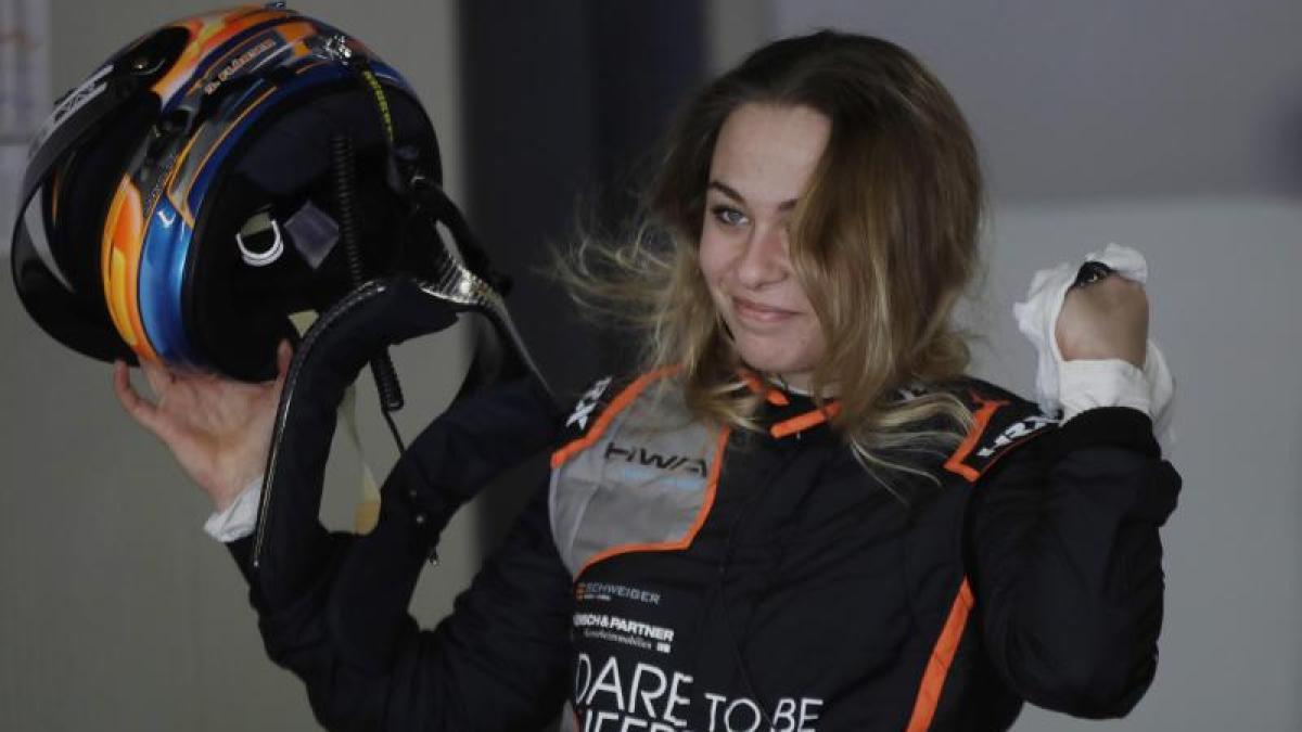 Deutschen Tourenwagen-Masters: Sophia Flörsch fährt DTM-Saison 2021 im Audi für Abt   Augsburger ...