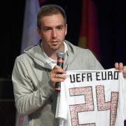 Philipp Lahm will sich über die EM-Kandidatur hinaus beim Deutschen-Fußball-Bund engagieren. Foto: Ina Fassbender