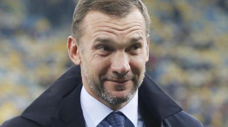 Hat mit seinem Team die EM-Qualifikation sicher: Der ukrainische Cheftrainer Andrej Schewtschenko. Foto: Efrem Lukatsky/AP/dpa