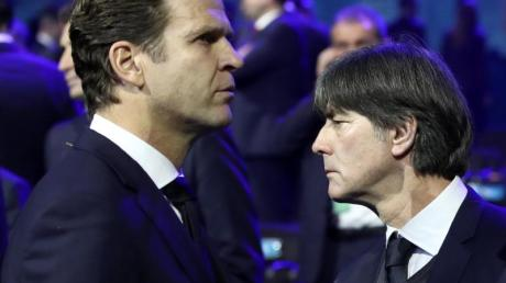 Für DFB-Direktor Oliver Bierhoff (l) und Bundestrainer Joachim Löw beginnt nun die Feinplanung für die EM 2020.
