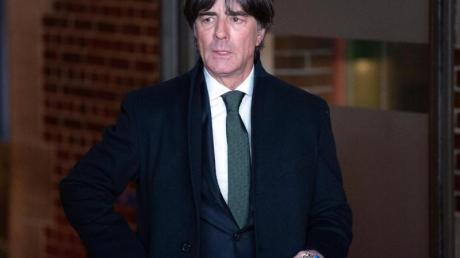 Bundestrainer Joachim Löw bei der Auslosung zur Nations League.