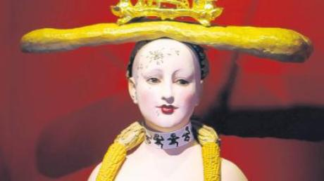 "Irritierender Blickfang im Museum der Brotkultur: die ""Retrospektive Frauenbüste"" des Surrealisten Salvador Dalí."