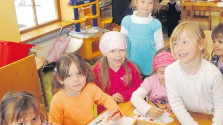 Roggenburg investiert in den Nachwuchs: Der Finanzplan für 2011 sieht 440000 Euro für den Ausbau des Kindergartens in Schießen (Bild) vor. Dort sollen dann Kinder ab einem Alter von zwei Jahren aufgenommen werden.