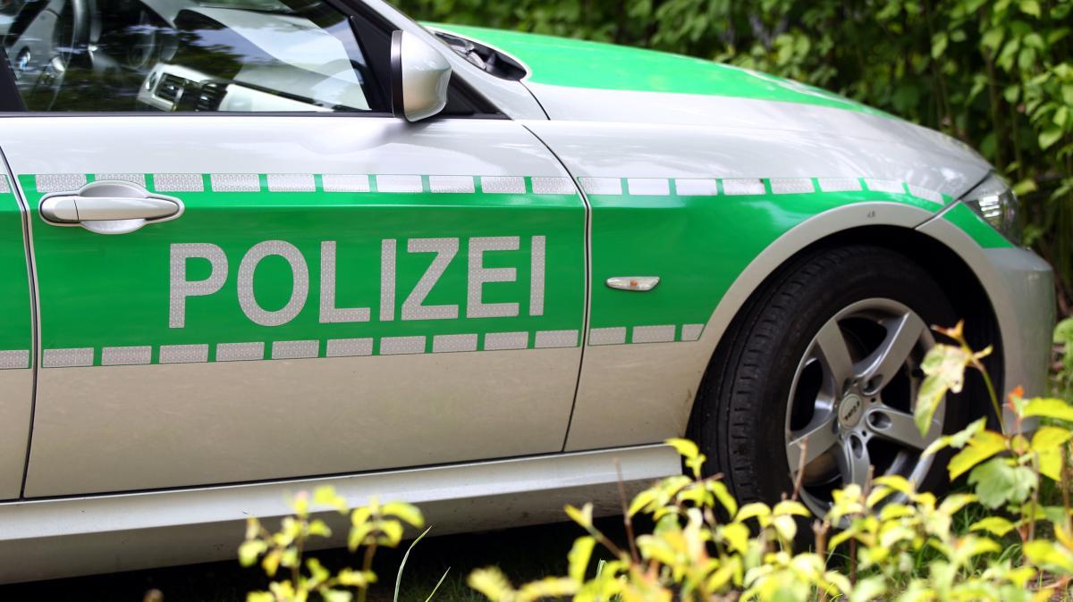 Adelzhausen: Auto brennt vollständig aus - Nachrichten ...