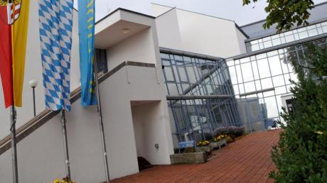 """Die beiden Stadträte August Inhofer (links) und Manfred Frisch (rechts) kehren dem Sendener Rathaus aus """"persönlichen Gründen"""" den Rücken."""