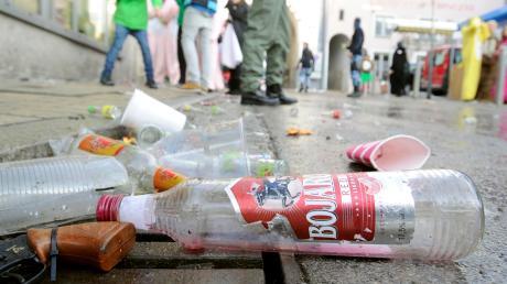 Der Alkoholkonsum bereitete der Polizei mal wieder Arbeit.