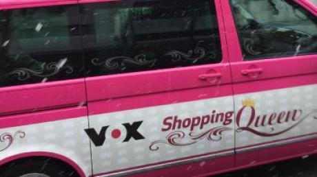 Das Shopping-Queen-Auto wird täglich von Passanten fotografiert.