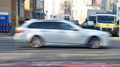 Eine 25-jährige junge Frau aus Höchstädtist am Donnerstagabend in Wolferstadt (Kreis Donau-Ries) völlig ausgetickt.
