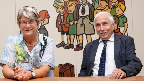 Gerlinde Weindler und Roland Denninger standen 16 Jahre lang an der Spitze der Erich-Kästner-Grundschule in Ludwigsfeld. Jetzt gehen die beiden in den Ruhestand.