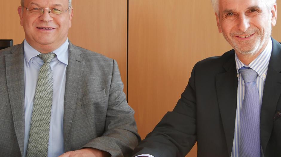 Holzheim Steht Die Raiffeisenbank Vor Einer Fusion Nachrichten