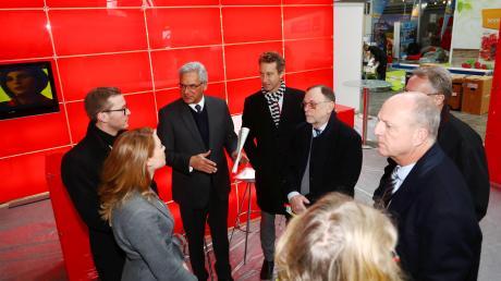 Verschafften sich bereits am Mittwoch einen Überblick (von links): OB Gunter Czisch, Götz Maier und Peter Kulitz.