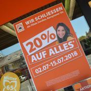 Copy%20of%20M%c3%bcller_Schild(1).tif
