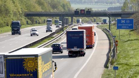 Die A8 soll beim Kreuz Elchingen ausgebaut werden.