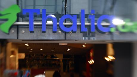 Der Buchhändler Thalia will eine Filiale im Iller-Center in Senden eröffnen. Der Bauherr des Einkaufszentrums hat dazu einen Bauantrag gestellt – doch die Stadträte und der Bürgermeister sind dagegen.