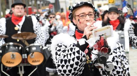 Der Schalmeienexpress aus dem Illertal hat sich auch dieses Jahr zum Narrensprung angemeldet. Erwartet werden 6000 Teilnehmer.