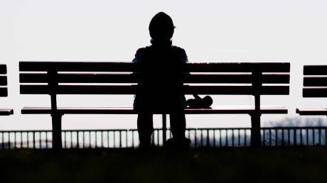 Gemeinsam statt einsam bei den Ulmer Denkanstößen: Vier Tage sind Einsamkeitserfahrungen gewidmet.