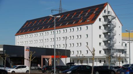Im früheren Speichergebäude im Starkfeld in Neu-Ulm wird eine Außenstelle des Ankerzentrums Donauwörth eingerichtet. Derzeit laufen noch Umbauten, im Sommer soll die Unterkunft bezogen werden.