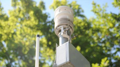 Fünf Messanlagen, wie diese hier in Burlafingen, erheben Wetterdaten wie etwa zu Temperaturen.