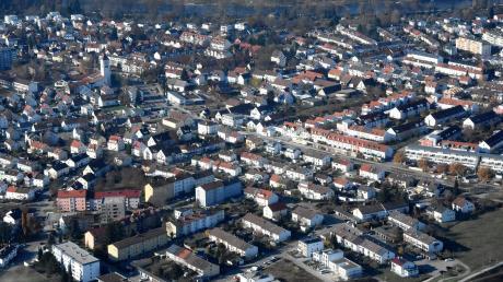 Der Neu-Ulmer Stadtteil Offenhausen aus der Luft betrachtet.