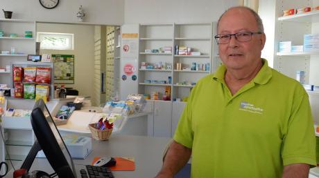 Die einzige Wullenstetter Apotheke macht am 31. Juli zu. Apotheker Konstantin Hubert geht dann in den Ruhestand.