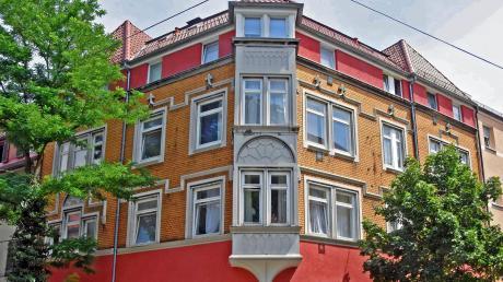 Für 900000 Euro soll das Haus Silcherstraße 45 im kommenden Jahr saniert werden, die Mieter müssen vorübergehend ausziehen.