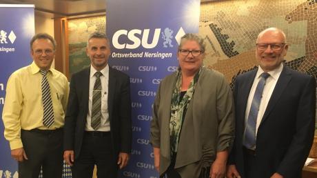 Der Nersinger Bürgermeisterkandidat Erich Winkler (Zweiter von links) mit den drei Ersten auf der CSU-Liste für den Nersinger Gemeinderat: Peter Saal (links, Platz 3), Anja Mayer-Ley (Platz 2) und Gerhard Jehle (rechts, Platz 1).