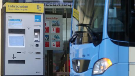 In Ulm und Neu-Ulm können Bürger momentan jeden Samstag kostenlos mit dem Bus oder der Straßenbahn fahren. Die Kreis-SPD schlägt vor, dieses Angebot auf den ganzen Landkreis Neu-Ulm auszuweiten.