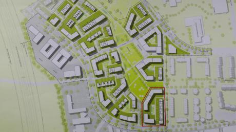 Die städtische Tochter Nuwog baut auf dem Areal der Ulmer Riedteile in Neu-Ulm 115 neue Wohnungen. Der rot umrandete Bereich auf dem Plan markiert das Grundstück. Am unteren Bildrand verläuft die Memminger Straße.