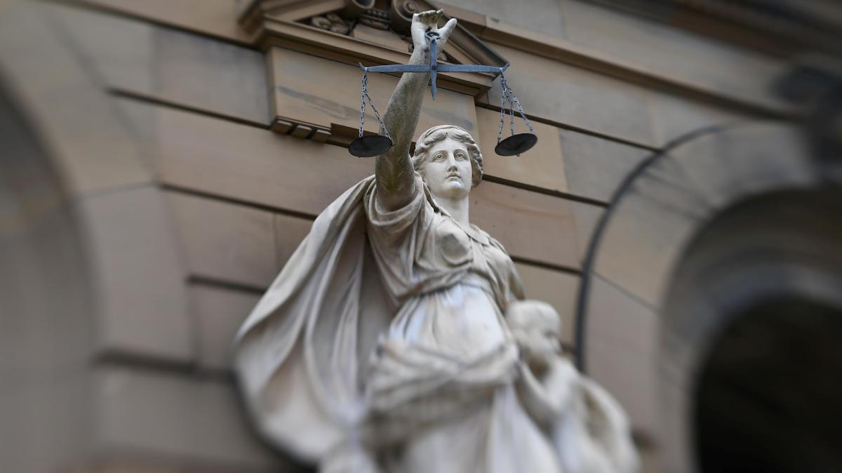 Prozess: Junge Frau durchlebt Horrortat zum dritten Mal - Augsburger Allgemeine