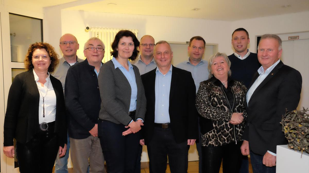Kommunalwahl: CSU in Senden stellt sich weiblicher auf - Augsburger Allgemeine