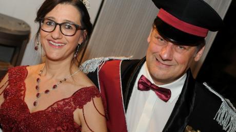 Das Prinzenpaar der Lachatrapper aus Dornstadt: Melanie Biedermann und Claus Bösl.
