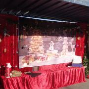 Weihnachtlich geschmückt wurde die Bushaltestelle Gerlenhofen.