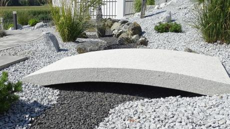 Eine solche Steinwüste ist in Neu-Ulmer Gärten nicht erwünscht, sagen die Stadtpolitiker.