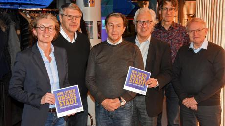 Die Kandidaten (von links): Antje Esser, Siegfried Meßner, Bernd Radtke. Stephan Salzmann, Bodo Schwandt und Klaus-Werner Lüdtke. Tanja Fendt fehlte auf der Veranstaltung.