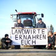 Lassen das Plakat sprechen: (von links) Alexander Ahrens, Andreas Harder, Anton-Oliver Wiedenmann und Daniela Langer.