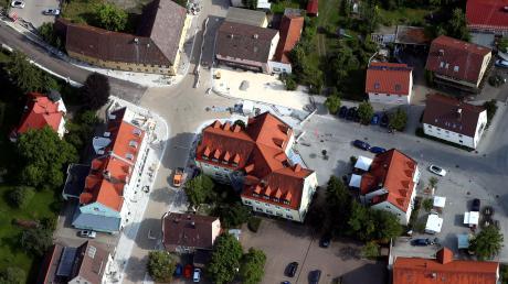 Rund 1,6 Millionen Euro hat der Umbau der Hauptstraße in Pfaffenhofen gekostet. Vergleichbar große Straßenbaumaßnahmen sieht der Haushaltsentwurf für das Jahr 2020 nicht vor.