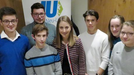 Der Vorstand der neu gegründeten Jungen Union Nersingen (von links): Vorsitzender Erik Schiefele, Jascha Rister, Korbinian Mayer, Carina Winkler, Timo Rister, Klara Merkle und Theresia Mayer.