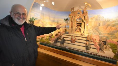 Günther Irringer und seine Mitstreiter haben die Witzighauser Krippe aufgebaut und verändern die Szenerie regelmäßig.