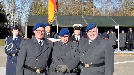 Bei der Kommandoübergabe (von links) am Bwk: Dr. Hans-Ulrich Holtherm, Dr. Stephan Schoeps und Dr. Ralf Hoffmann.