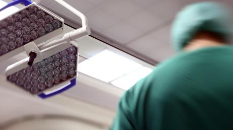Über eine verschobene PB ärgert sich ein Patient des Uniklinikums.