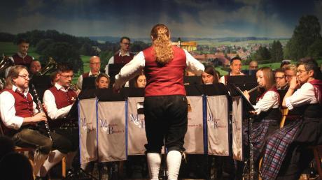 Beim traditionellen Neujahrskonzert bot die Musikkapelle Biberach einen Streifzug durch die Klang- und Bandbreite der Blasmusik.