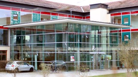Das Bildungszentrum am Kloster Roggenburg bekommt mehr Geld vom Freistaat.