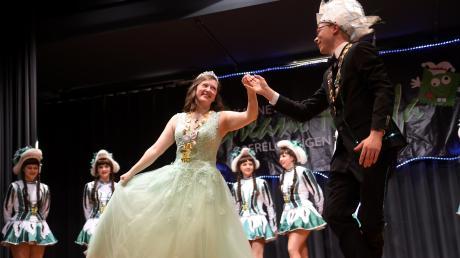 Prinzessin Liliane I. und Prinz Moritz I. zeigten auf dem Tanzparkett bei der Prunksitzung der Greane Krapfa ihr Können.