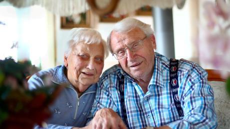 Regina und Erwin Götz feiern ihren 65. kirchlichen Hochzeitstag. In den vergangenen Ehejahren hat sich für die beiden sehr viel verändert.
