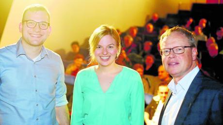 Katharina Schulze war zu Gast im Theater Neu-Ulm. Mit ihr auf der Bühne: Landratskandidat Ludwig Ott (links) und OB-Kandidat Walter Zerb.