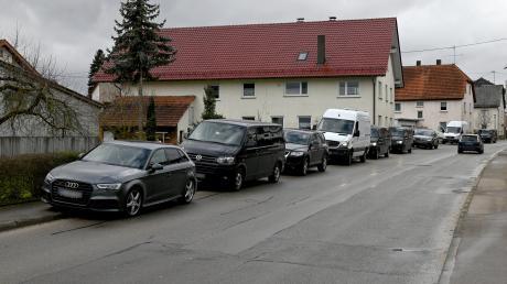 Ein Sondereinsatzkommando SEK übt mit zahlreichen Fahrzeugen in der Region – und wird Unfallzeuge.