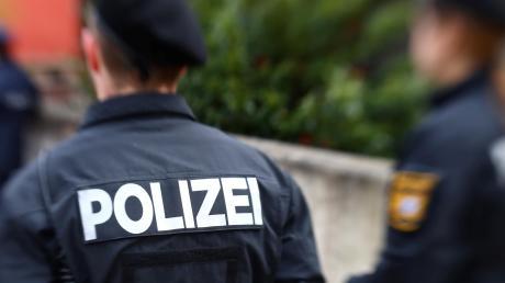 Die Polizei hat im Landkreis Neu-Ulm wegen der Ausgangsbeschränkungen und deren Einhaltung derzeit einiges zu tun.