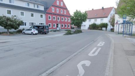 Der Kanal und die Leitungen beim Gasthof Zahn in Unterelchingen sind baufällig und sollen saniert werden.