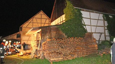Die Feuerwehr konnte einen kleinen Brand in einem Schuppen in Meßhofen löschen. Damit verhinderten die Rettungskräfte offenbar Schlimmeres.