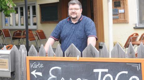 Ab Montag ist der Biergarten im Attenhofer Hirsch offen. Das Essen zur Mitnahme war ein Erfolg: Robert Neumaier bereitete etwa am Muttertag rund 400 Gerichte zu.